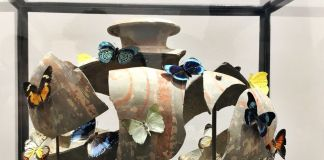 Bouke de Vries, Resurrection jar 2, Vaso Cocoon della dinastia Han (Cina) in terracotta, 2017
