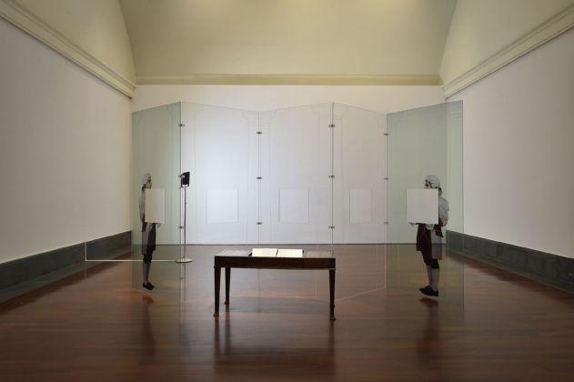 Carta Bianca. Capodimonte Imaginaire. Giulio Paolini. Installation view. Photo Francesco Squeglia