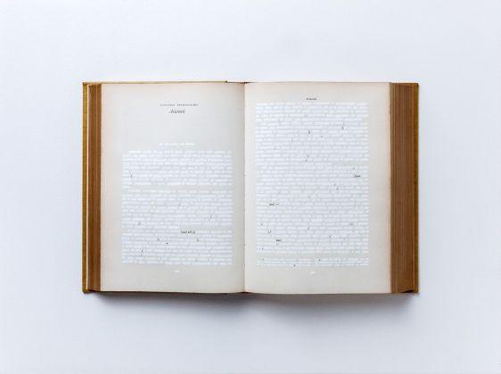 Emilio Isgrò, Aristotele, 1983. Courtesy Archivio Emilio Isgrò