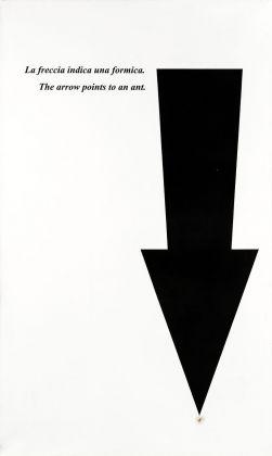 Emilio Isgrò, Freccia con formica, 2000. Courtesy Archivio Emilio Isgrò