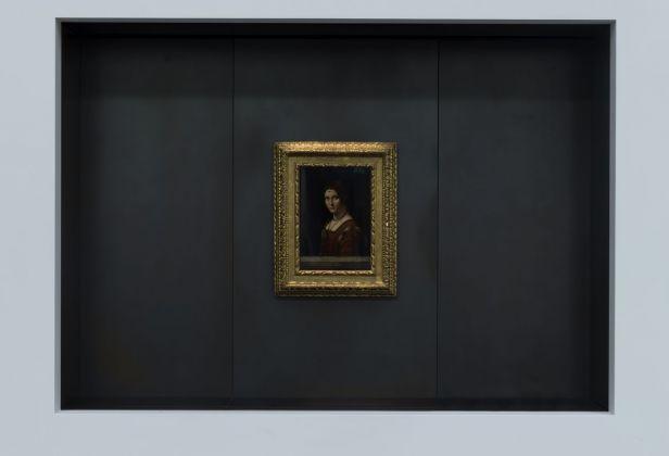 Louvre Abu Dhabi – Leonardo da Vinci, La Belle Ferronière, Musée du Louvre © Louvre Abu Dhabi. Photo Marc Domage