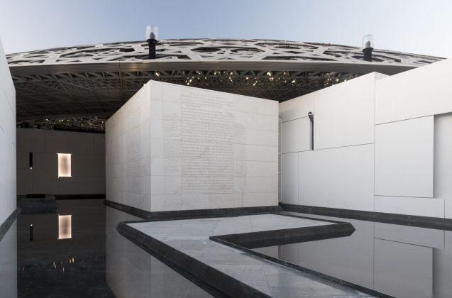 Louvre Abu Dhabi - Jenny Holzer, For Louvre Abu Dhabi, 2017 © Louvre Abu Dhabi. Photo Marc Domage
