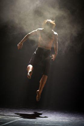 Sergei Polunin in First Solo di Andrey Kaydanovskiy. Photo ® Rolando Paolo Guerzoni