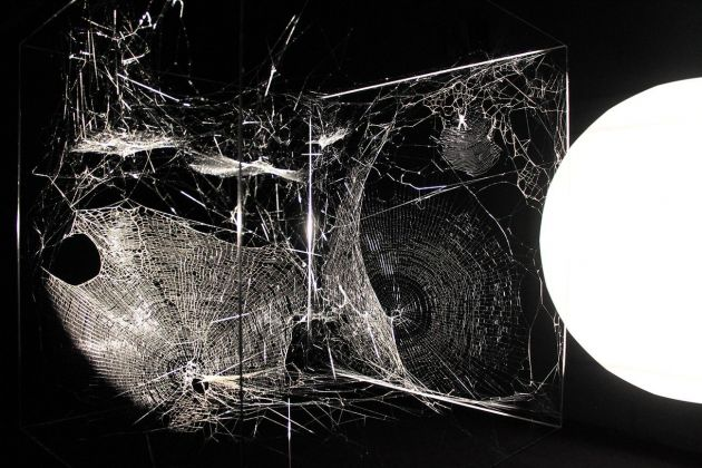 Tomás Saraceno, Echoes of the Arachnid Orchestrawith Cosmic Dust, 2017. Photo Cecilia Fiorenza, courtesy Fondazione MAXXI