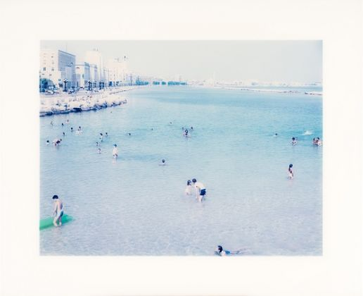 MASSIMO VITALI, Bari 4, 2004, Chromogenicprint montata su alluminio, cm 89x109, Edizione: AP 3 da un'edizione di 35, Courtesy of BLINDARTE and the artist