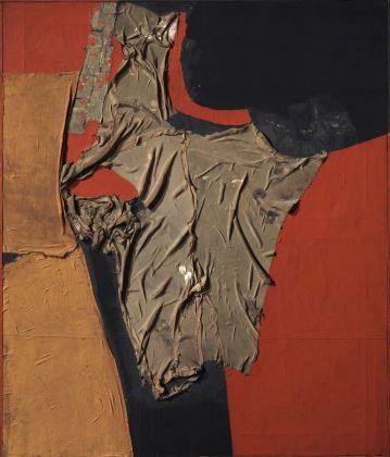 Alberto Burri, Rosso Nero, 1955. Collezione Roberto Casamonti, Firenze