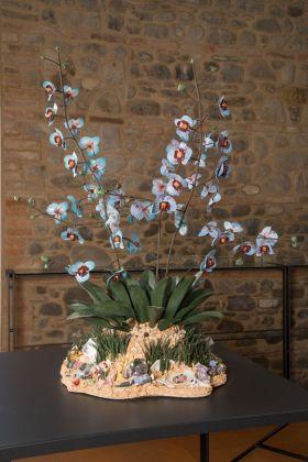 Bertozzi e Casoni, Disgrazia con orchidee blu, 2013