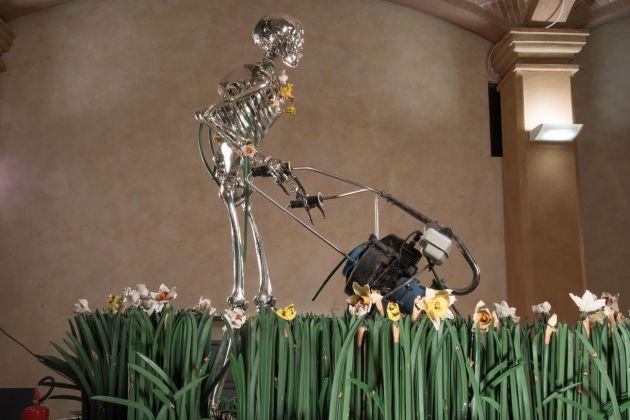 Bertozzi e Casoni, Madonna scheletrita, 2008, particolare