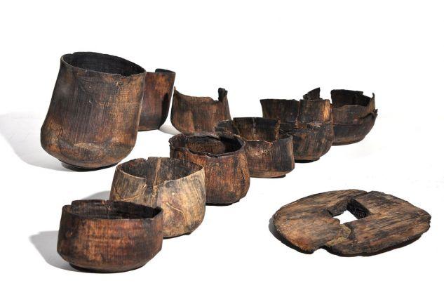 Bicchieri in legno, X XI sec., da Parma, piazza Garibaldi. Deposito Complesso Monumentale della Pilotta, Parma