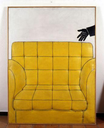 Cesare Tacchi, Poltrona gialla, 1964. Collezione privata. Photo Archivio Galleria d'Arte Niccoli, Parma