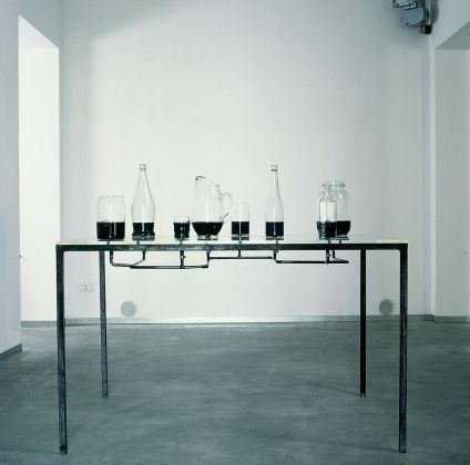 Charles Ray, Viral Research, 1986, Fondazione Sandretto Re Rebaudengo
