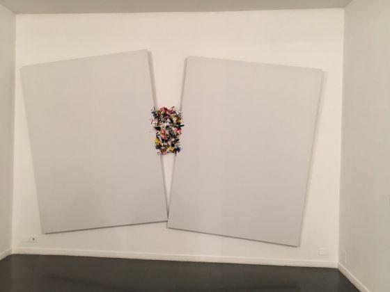 Renato Ranaldi Contenzioso, 2016. Tela e pigmenti, misure 250 x 400 cm.