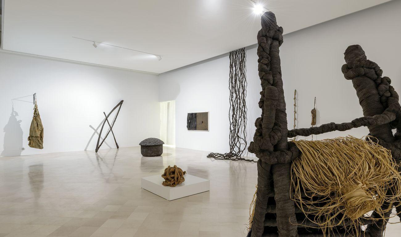 Dialoghi 3.0. Pino Pascali e Claudio Cintoli. Exhibition view at Fondazione Museo Pino Pascali, Polignano a Mare 2018. Photo © 2018 Marino Colucci _ Sfera