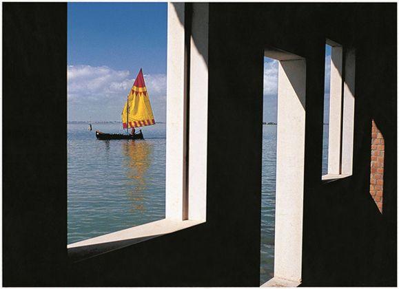 Fulvio Roiter, Laguna veneta, Isola di San Giacomo in Paludo, 2005 © Fondazione Fulvio Roiter