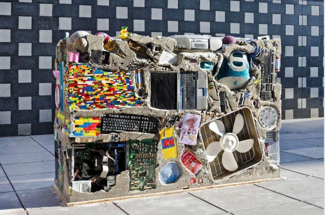 Gordon Matta-Clark. Anarchitect. Installation view at The Bronx Museum of Art, New York 2017. Photo © Stefan Hagen