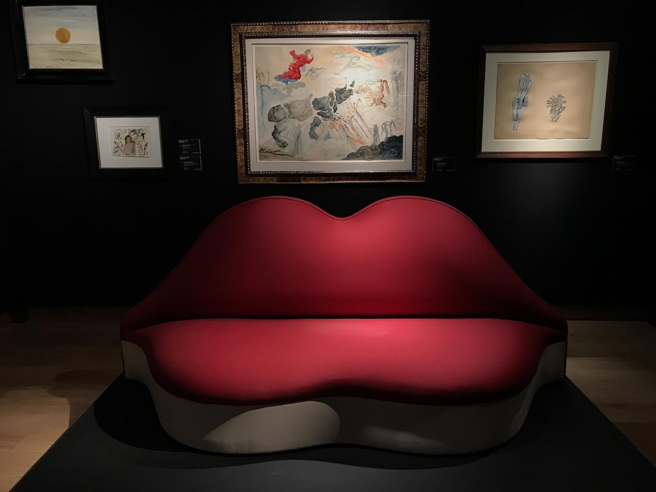 Il divano di Salvador Dalì nella preview da Christie's