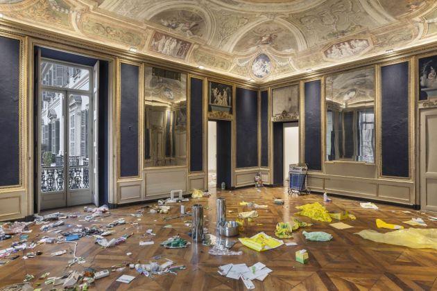 Jason Dodge. Exhibition view at Galleria Franco Noero - piazza Carignano, Torino 2018