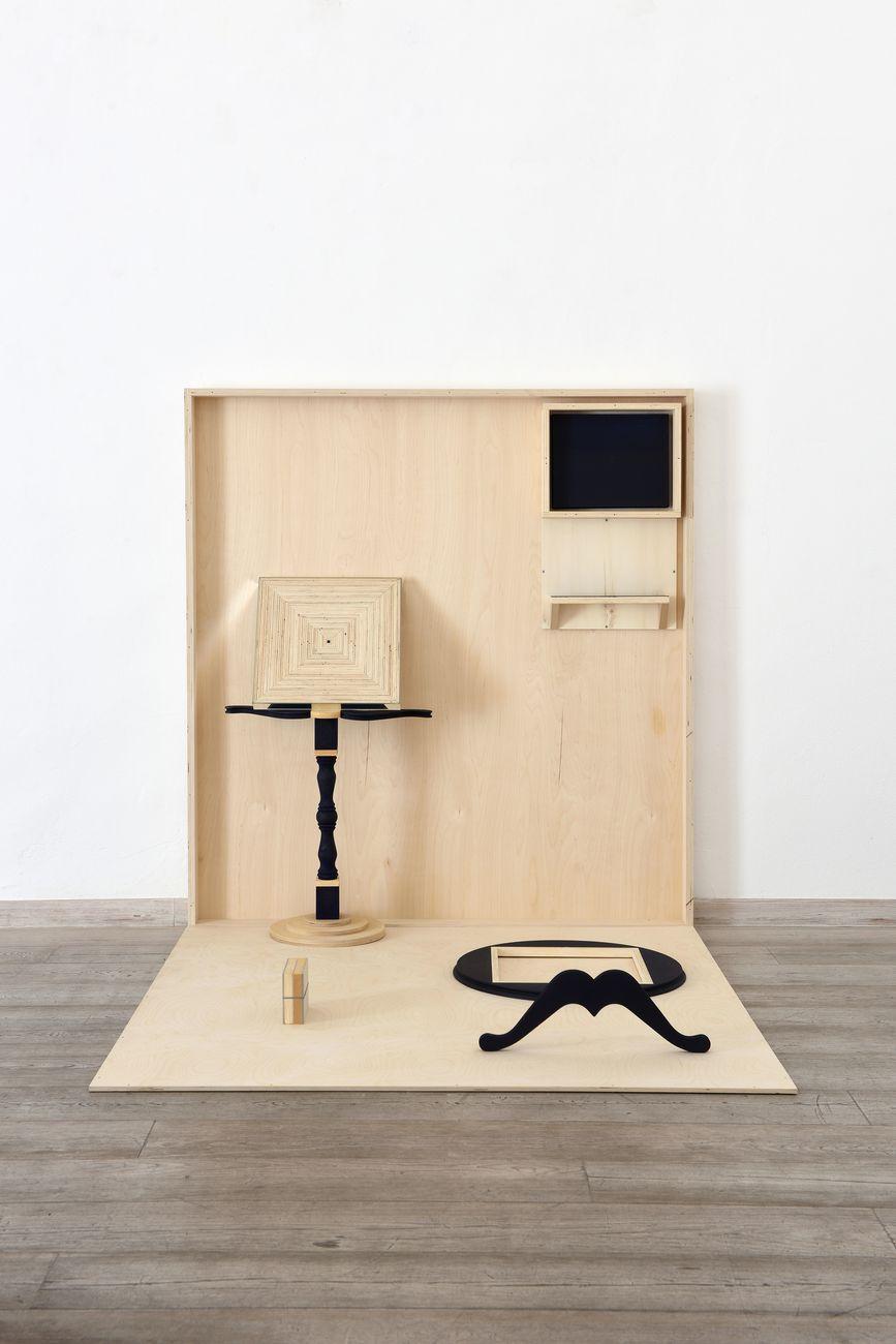 Matteo Fato, Senza titolo (oggetto scomposto), 2012-2016. Otto Gallery, Bologna 2018. Courtesy l'artista. Photo Michele Alberto Sereni