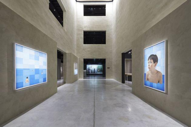 Paolo Ventura. Racconti Immaginari. Installation view at Armani Silos, Milano 2018. Courtesy of Giorgio Armani