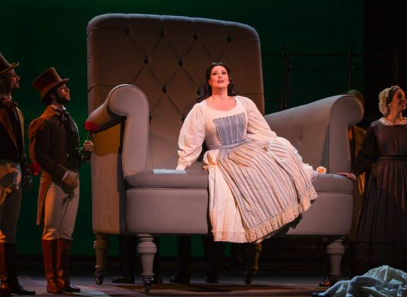 Vincenzo Bellini, La Sonnambula. Regia di Giorgio Barberio Corsetti. Teatro dell'Opera di Roma, 2017-18. Photo Yasuko Kageyama