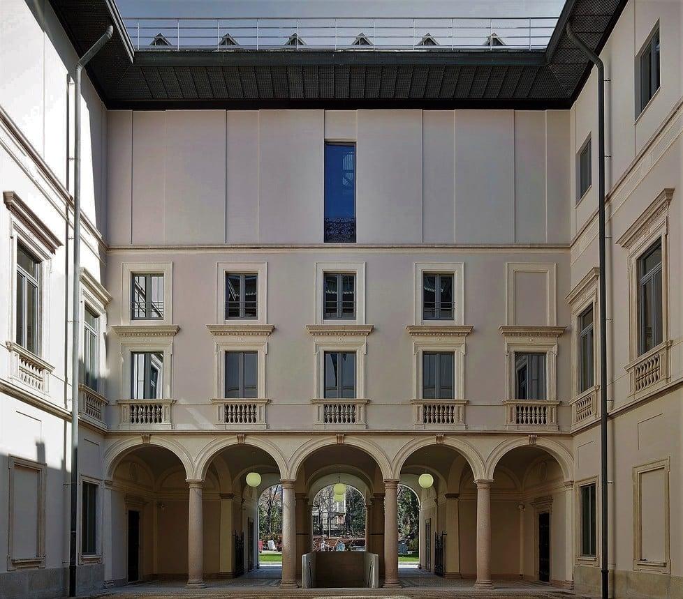 il cortile foto maurizio montanga, palazzo citterio, milano
