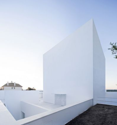 Alberto Campo Baeza, Cala House Raumplan house, 2015 © Javier Callejas