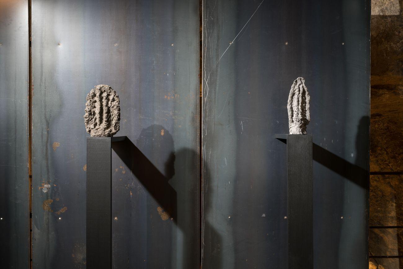 Alessandro Biggio, Serie di nove sculture, dettaglio, 2018. CarteC Cava Arte Contemporanea, Cagliari. Courtesy Musei Civici di Cagliari