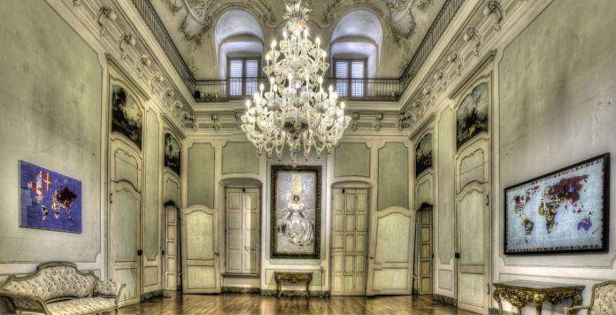 Alighiero Boetti. Perfiloepersegno. Exhibition view at Palazzo Mazzetti, Asti 2018. Photo © Enzo Bruno