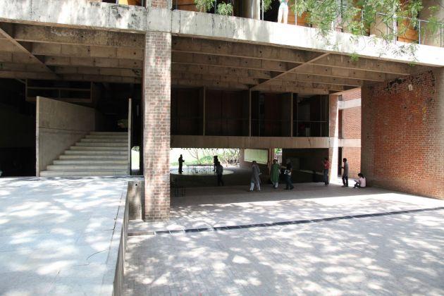 CEPT, la scuola di architettura, pianificazione urbanistica, design e tecnologia di Ahmedabad fondata da Doshi nel 1962, marzo 2011
