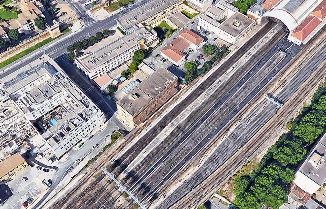 Encore Heureux, Le Tri Postal, Avignone