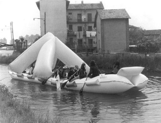 Franco Mazzucchelli, primo rally sui navigli, Milano, 1971