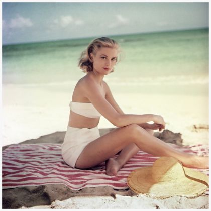 Grace Kelly in Jamaica, ph. Howell Conant (1955)