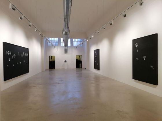 Lorenzo Puglisi. Scintille di un fuoco nero. Installation view at Labs Gallery, Bologna 2018