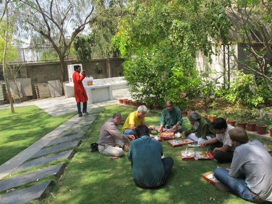 Pausa pranzo dell'International Workshop a Sangath, marzo 2011