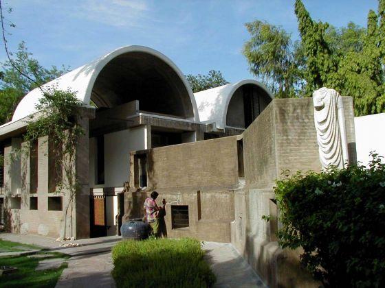 Sangath, lo studio di Doshi sede di Vastu Shilpa Foundation e Vastu Shilpa Consultants