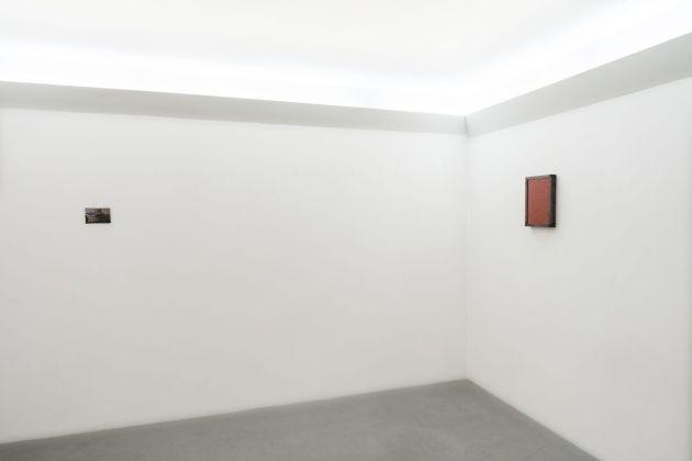 Sophie Ko. Sporgersi nella notte. Exhibition view at Renata Fabbri arte contemporanea, Milano 2018. Photo Lorenzo Bacci