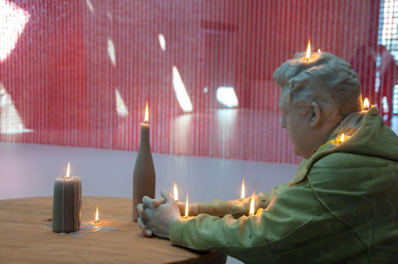 Urs Fischer, Untitled, 2011. Photo Irene Fanizza