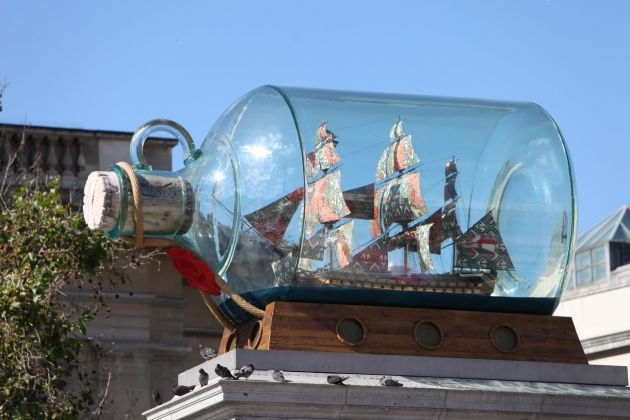 Yinka Shonibare, Nelson's Ship in a Bottle, 2010. Fourth plinth project, Londra