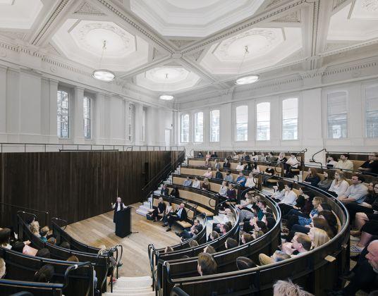 The Benjamin West Lecture Theatre © Simon Menges