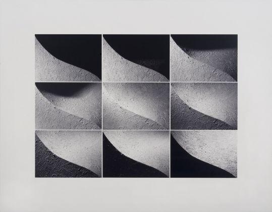 Alessandro Alimonti,Cronogramma 1-9, 1995 Stampa fotografica su carta Kodak, montata su forex Centro per l'Arte Contemporanea Luigi Pecci, Prato Donazione dell'artista