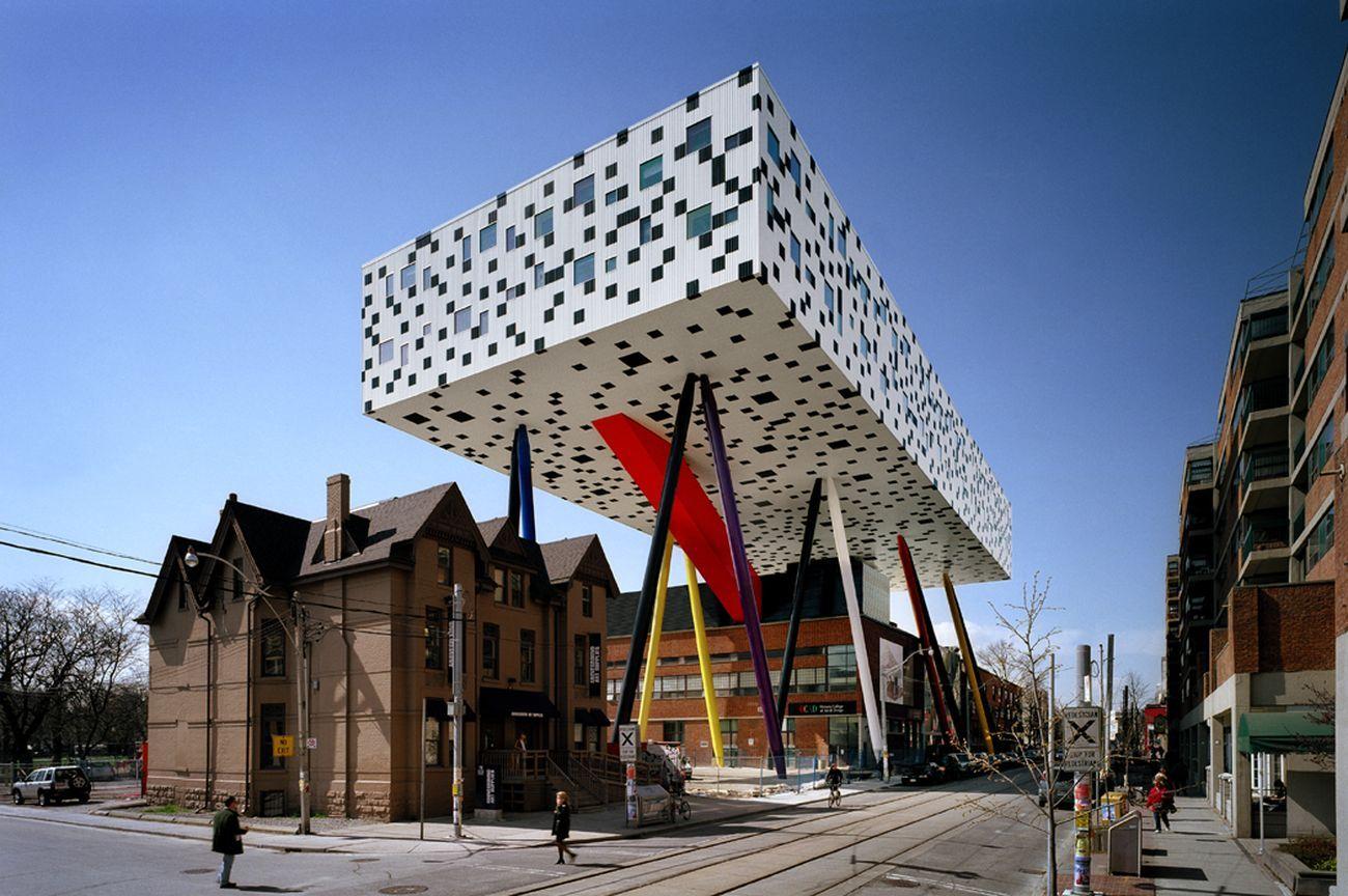 Alsop aLL Design, Sharp Centre For Design, Toronto, 2004. Photo Richard Johnson