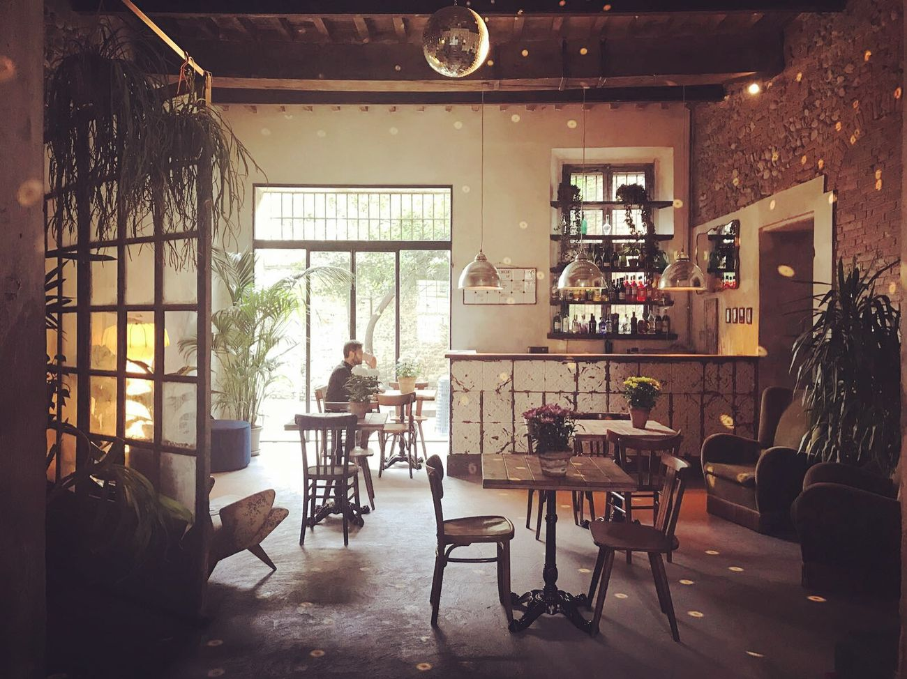BDC28, Parma. Il bar