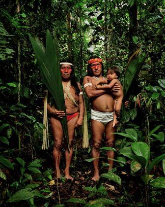 Adam Broomberg & Oliver Chanarin Block 180, 2011 stampa cromogenica, 50,8x40,64 cm ed. unica courtesy degli artisti