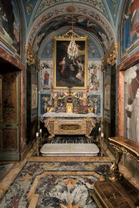 Cappella Vanvitelliana degli Stuart, Palazzo Compagnoni Marefoschi