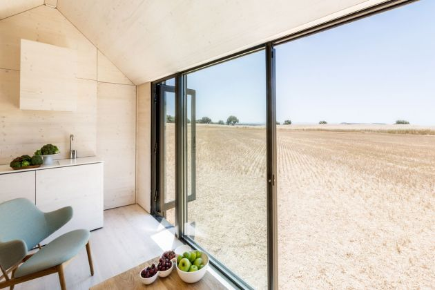 Casa trasportabile ÁPH80, progetto architettonico Ábaton – Interior design Ábaton e BATAVIA. Photo Juan Baraja