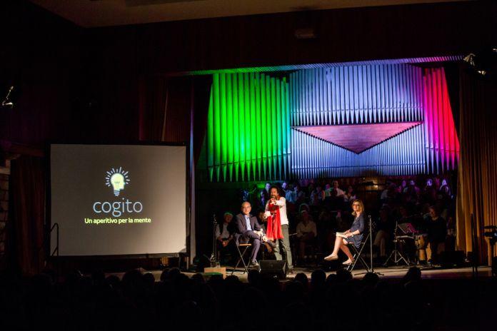 """Alcune immagini da Cogito, l'""""aperitivo per la mente"""" di Tasca d'Almerita. Palermo, Conservatorio V. Bellini"""