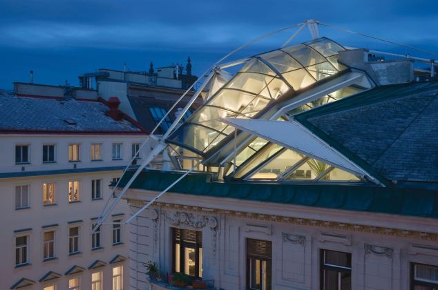 Coop Himmelb(l)au, Rooftop remodeling, Falkestrasse, Vienna. Photo © Duccio Malagamba