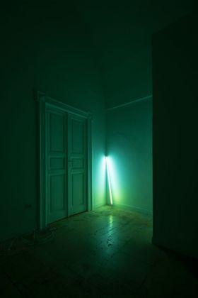 David Stjernholm, The beat effect, Stampa digitale su pellicola trasparente, tubi neon, dimensioni variabili, 2013_2018