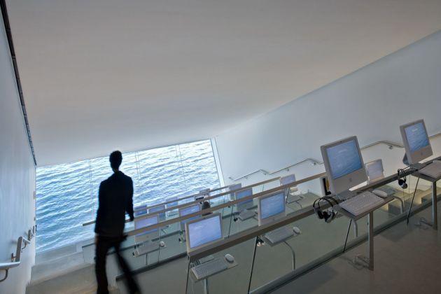 Diller Scofidio + Renfro Institute of Contemporary Art, Boston, 2006. Photo Iwan Baan