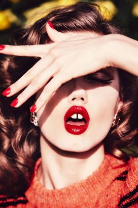 Ellen von Unwerth, Kiss me Quick. Lindsey Wixson, Vogue Russia, 2015